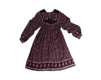 Absolutely Gorgeous Purple and Navy 1970's Indian Gauze Dress