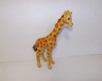 Vintage 1950s Steiff mohair giraffe animal soft toy with button 36cm tall