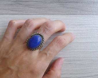 10-25% OFF Code In Shop - Vintage 70's Blue Lapis Oval Silver Ring Size 6.5