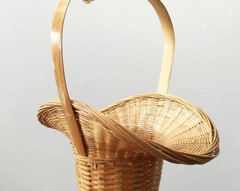 Flower Girl Natural Wicker Basket / Small Flared Planter Baket with Handle