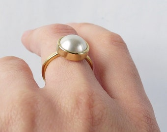 SALE Simplicity statement pearl ring. Gold tone brass with Swarovski Pearl in cream white.