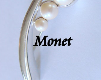 Retro Monet Faux Pearl Designer Signed Brooch Silver Tone Jewelry Jewellery