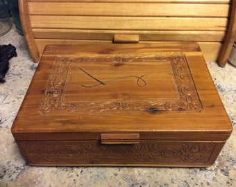Wood Carved Box, Vintage ,Sewing