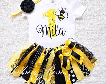 Bumble bee Birthday Outfit Birthday tutu 1st Birthday Outfit Girls Birthday set Birthday Outfit, Bee lady bug Birthday shirt, fabric tutu