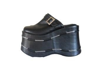 90s Platform Shoe Black Platform Shoe Cyber Goth Platform Clogs Vegan Shoe Club Kid Shoe Black Mules 90s Rave Shoe 90s Goth Shoe Gothic Shoe