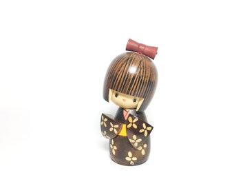Vintage Japanese Kokeshi Doll - Wood Doll Figurine - Ningyo  - Japan Folk Art - Oriental Kawaii Toy Doll - Wooden Geisha Girl - Shelf Setter