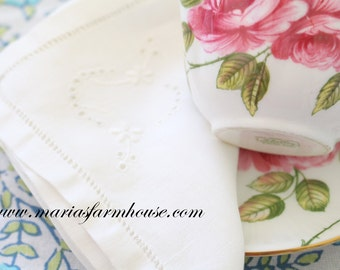 Vintage, Embroidered Cotton Napkin, Tea Party, Table Linen, Repurpose DIY Dried Lavender Sachets
