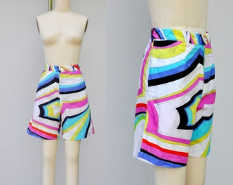 PUCCI Shorts - Pucci Cotton Shorts - EMILIO PUCCI Shorts - Italian High End Designer - Mod Psychedelic Abstract Groovy size M