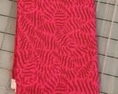 Tula Pink - FAT QUARTER cut of Fox Field - Scribbles - PWTP052 Sunrise
