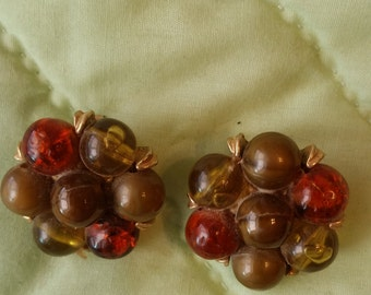 40s Kramer Amber, Green and Gold Clasp Earrings