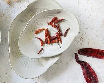 Ceramic Plate, White plate set, Serving tray, Ceramic nesting set, Modern serving dish set, ceramic serving platter, white ceramic platter