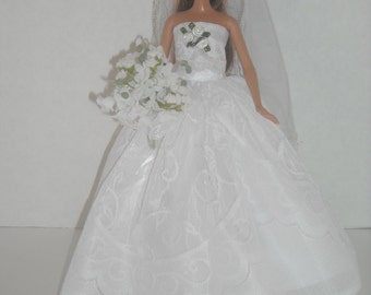 Barbie Princess Wedding Gown #3 & Accessories