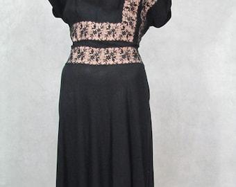 1940s Dress Lace Design Cap Sleeve Full Skirt Vintage 1940s Dress Black