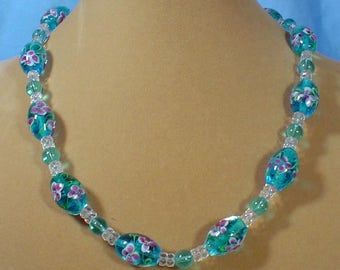 """Beautiful 18"""" Aqual Blue Lampworked Glass necklace - N489"""