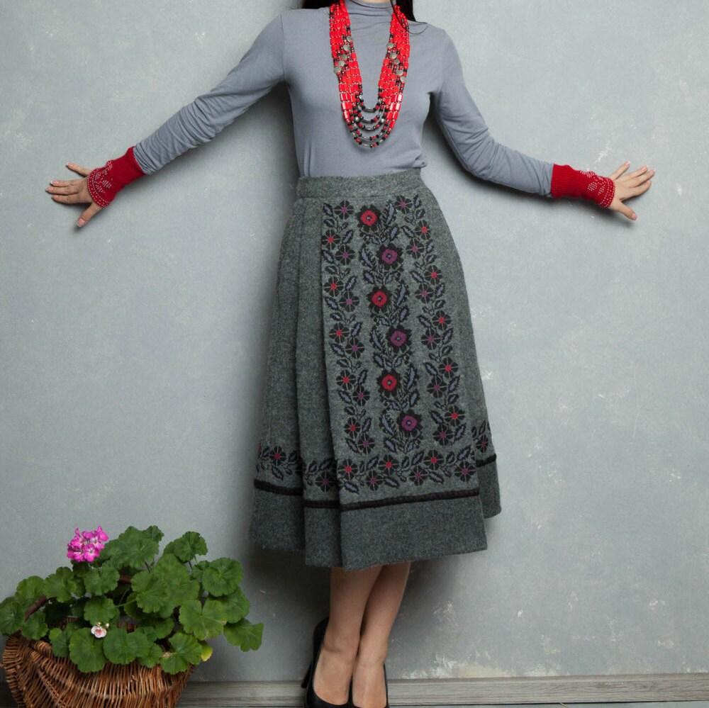 embroidered skirt wool skirt winter skirt wool skirt