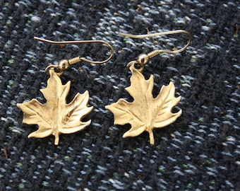 Beautiful Maple Leaf Earrings Wire Pierced Gold Tone Vintage Good Luck Gift For Her