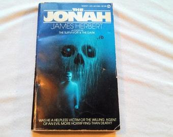 """Vintage 80's Horror Thriller Paperback, """"The Jonah"""" by James Herbert, 1981."""