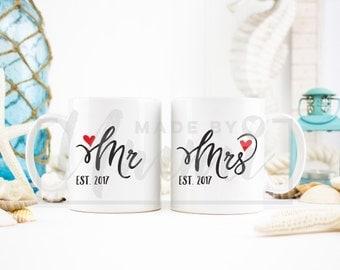 Mr and Mrs mug set, wedding mugs gift set, gift for a couple, coffee mug set