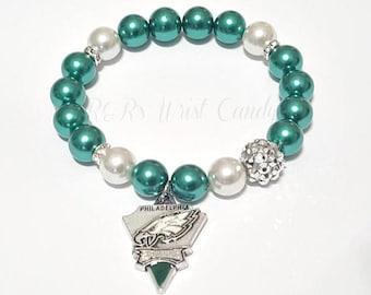 Philadelphia Eagles Beaded Bracelet, Football Bracelets, Team Spirit,White  Green, Stretchy Bracelets, Womens, Handamade, Custom Jewelry