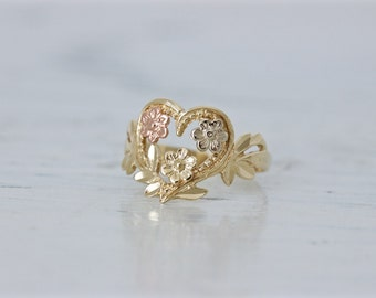 Vintage Flower Ring | Dainty Midi Ring | Floral Ring | 10k Yellow Gold Ring | Boho Jewelry | Nature Ring Jewelry | 3 Sister Rings |Size 4.25