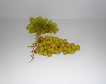 Vintage Green Grape Cluster, Plastic Grape Cluster, 2 bunches, Floral Wreath and Arrangement Supply, Decorative Fruit VBSF2006