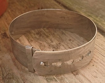 Vintage Fidelity silveroid belt bangle
