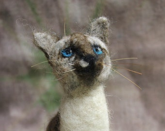 Custom Cat Miniature. Wool animal .Needle Felted Cat.