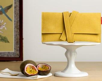 Faux suede pochette, vegan pochette, ocher pochette, ocher clutch bag, wallet, tobacco pouch, vegan clutch bag, vegan wallet, Alcantara.