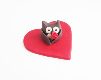 red owl senior singles This is especially true for strictly nocturnal species such as the barn owls tyto or tengmalm's owl  marija gimbutas traces veneration of the owl as a goddess, among other birds, to the.