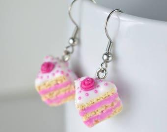 Earrings cakes in fimo, greedy jewelry, earrings cakes, creation in polymer Fimo, cute creation in Fimo clay