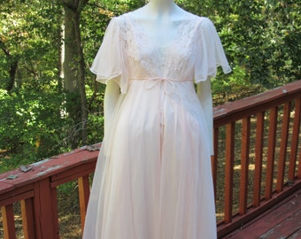Blush Lingerie Set -Small -Val Mode Nightgown with Front Slit -Short Sleeve Sheer Robe -Vintage -1960 Peignoir Set -Honeymoon Negligee set