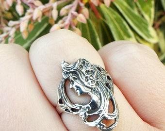 SALE! Vintage / Sterling Silver Art Nouveau Elegant Girl with Flowing Hair Ring Size N