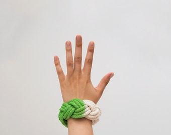 Green dyed bangle, hand dyed bracelet, hand dyed bangle, chunky bracelet, macrame bracelet, chunky bangle, rope bracelet, nautical bangle
