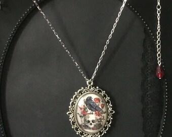Raven Necklace, Raven Pendant, Black Bird Cameo, Black Bird Pendant, Gothic Necklace, Gothic Jewelry, Raven Jewelry, Bird Jewelry, Gifts