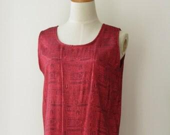 Fuchsia Thai silk tank top. 90s pink silk top. Thai silk pink top. Silk boho top. Brocade silk top. Egyptian. Size m