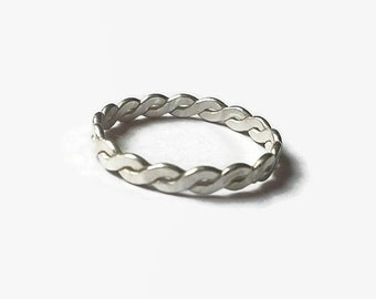 Stacking ring, dainty ring, stackable ring, mother gifts, knot ring, silver ring, dainty knot ring