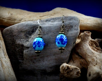 Crochet and spacer bronze, Pearl glass lampwork, earrings cobalt blue speckled blue