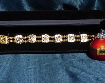Pure Elegance Mother of Pearl Bracelet in Caramel Truffle