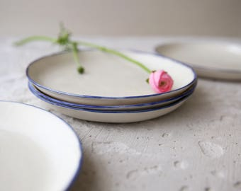 Blue white plate,ceramic plate,modern plate,pottery plate,porcelain dinnerware,white dessert plate,cake plate,salad plate,ceramic dinnerware