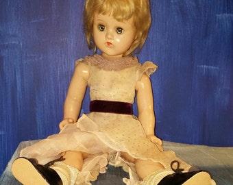 Madam Alexander Doll Original Clothes Shoes circa 1940s 17 Inch Antique Sleep Eye Composition Doll