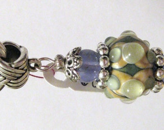 689 - CLEARANCE - Beaded Key Ring