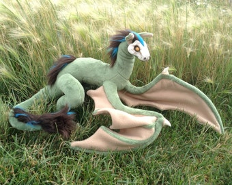 Dragon, Art Doll, Posable Dragon, Fantasy Skull Dragon, Customizable Wyvern, Mythical Creature, SkullWyrm, Made to Order