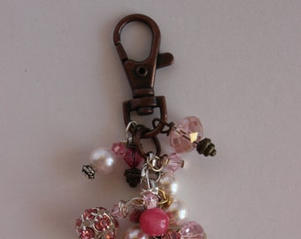 Keychain/Zipper Pull K01