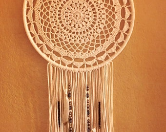 "Crochet Dreamcatcher - 14"" White01"