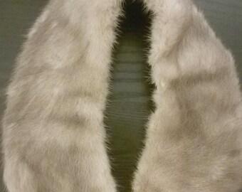 Beautiful Small Silver Mink Fur Collar _ Vintage