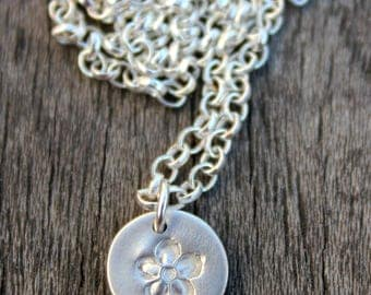 Tiny silver flower necklace, silver flower pendant, fine silver flower, flower necklace, tiny silver flower pendant, tiny pendant necklace