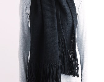 Knit scarf, long knit scarf, fringe knit scarf, chunky knit scarf, oversized knit scarf, wool scarf, women scarf, black knit scarf