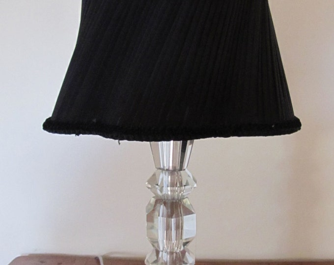Crystal glass lamp and twisted lampshade