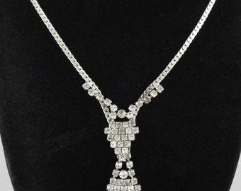 1950-60s Art Deco / Vintage Clear Sparkling Rhinestones Tie Necklace