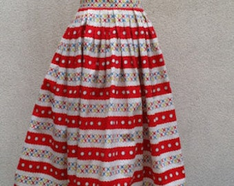 Authentic Pleated skirt of the 50's, stripes effect, hyper graphic, Mad Men spirit, joyful and luminous skirt. For a garden party!